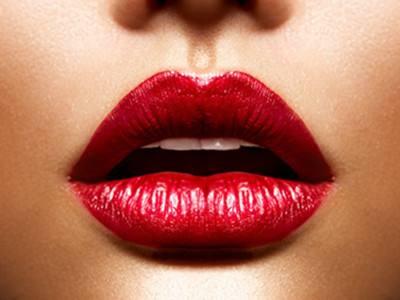 唇部整形手术后如后护理